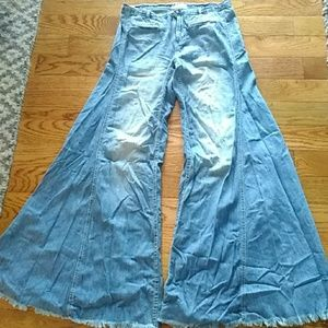Free  People extreme flare wide leg bell jeans 28